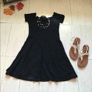 Hollister Swing Dress Lace Knit Sm $20